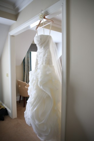 how to store my wedding dress