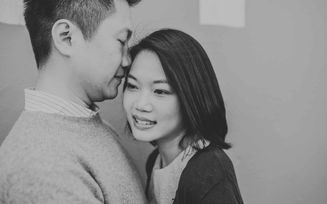 5 Reasons To Have An Engagement Session